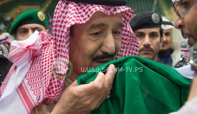 السعودية تتوعد بالرد على إهانة الجماهير الجزائرية من الملك سلمان
