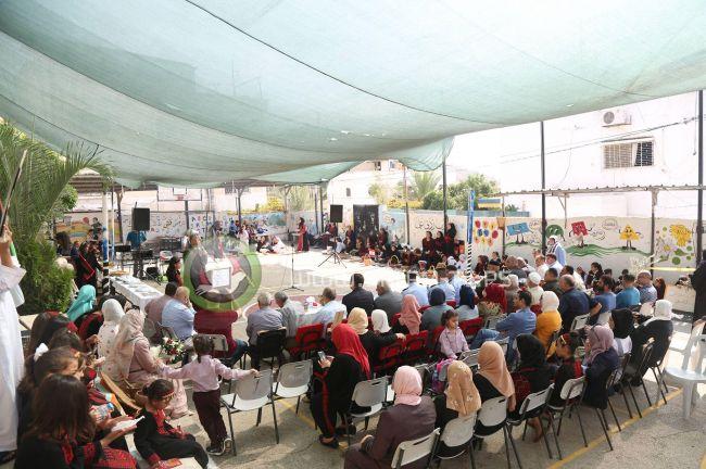 مدرسة الجاروشية المختلطة وتحت رعاية المحافظ أبو بكر تنظم فعالية بمناسبة يوم التراث الفلسطيني