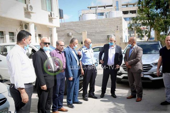 المحافظ أبو بكر يتابع مجريات إنطلاق إمتحان الثانوية العامة بمحافظة طولكرم