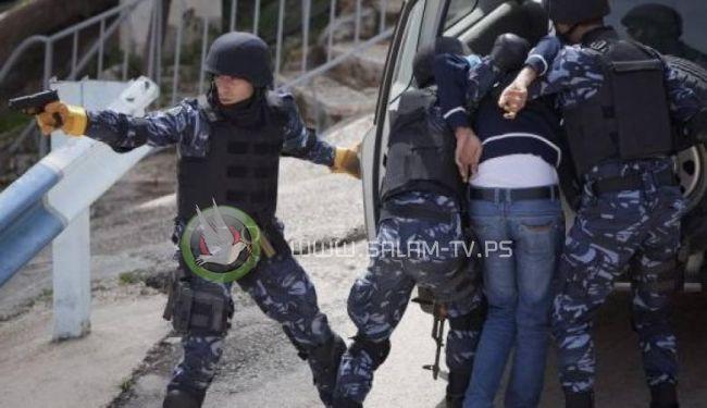 محكمة فلسطينية بالضفة تصدر حكمها على 3 أشخاص بتهمة بيع اراضي للعدو