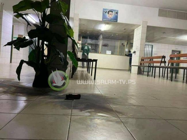 طولكرم: الاحتلال يقتحم مستشفى الشهيد ثابت ثابت ويطلق قنابل صوت داخلها