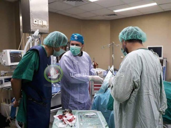 وفد طبي تخصصي فرنسي يصل إلى غزة