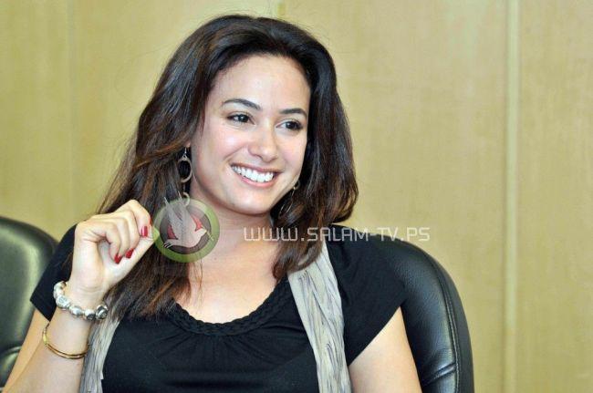 الممثله هند صبري : لن ارتدي الحجاب ولدي ما هو اهم