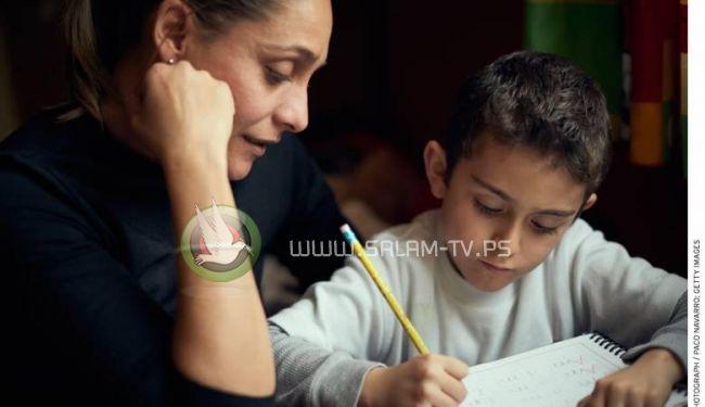 """ام تصاب بنوبة قلبية لان ابنها لم يفهم الشرح """"بمسألة رياضيات"""" !"""