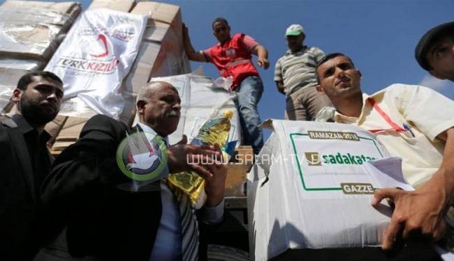 مسؤول : 80 % من سكان القطاع يعتمدون على المساعدات