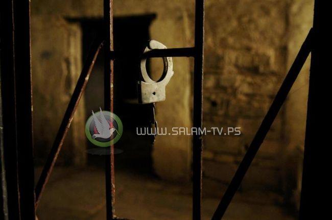 الاحتلال يواصل إهمال الحالة الصحية للأسيرين المريضين أحمد أبو سلامة وفراس الحتاوي