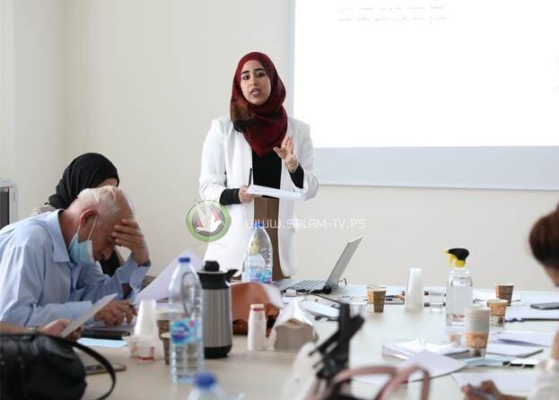 لجنة الانتخابات تُنهي تدريب مشرفي مرحلة التسجيل والنشر والاعتراض