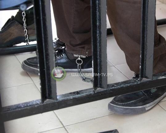 """الاسرى """"الإداريون"""" يعلقون مقاطعة المحاكم العسكرية"""