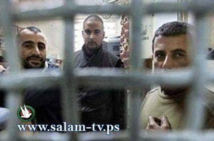 تعرض اسرى قسم 7 في سجن النقب للتفتيش واتلاف مقتنياتهم
