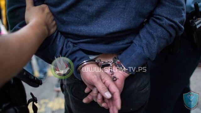 الشرطة والأجهزة الأمنية تفض حفل زفاف وتوقف صاحب القاعة لعدم الالتزام بقرارات الحكومة في طولكرم