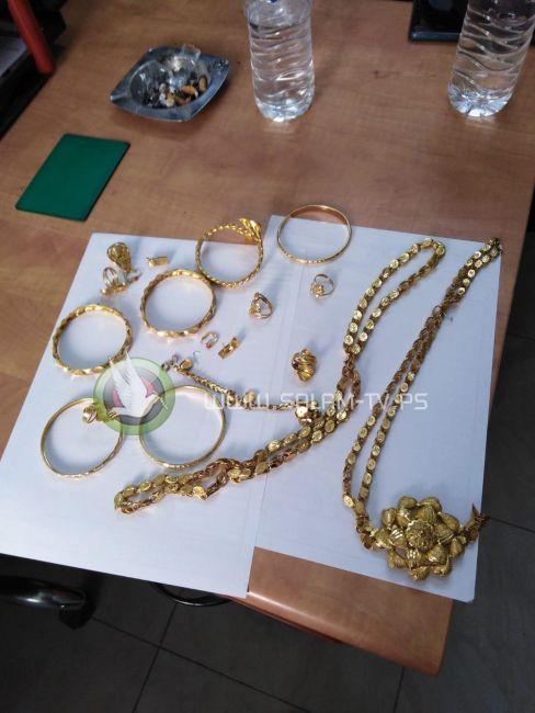 الشرطة تقبض على شخص قام بسرقة مصاغ ذهبي بقيمة 10 الاف دينار بطولكرم
