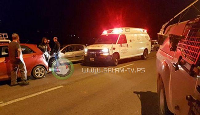 اطلاق نار على سيارة مستوطنين واعتقالات بالضفة الغربية