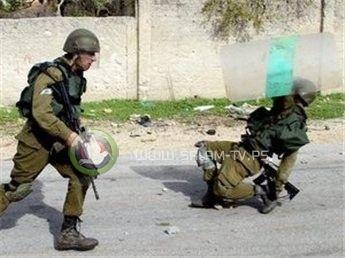 وزير داخلية الاحتلال يدعو لتسهيل فتح النار على اهالي الضفة