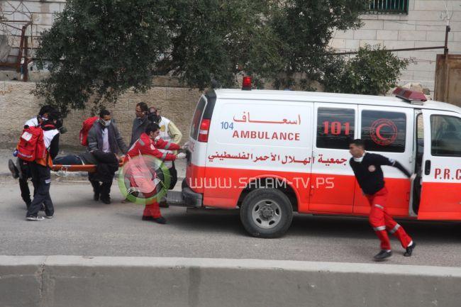 """اصابة 3 عمال بعد سقوطهم عن """"سقالة"""" جنوب نابلس"""