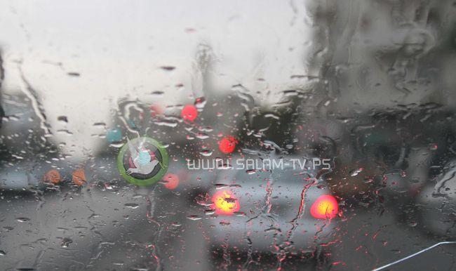 انخفاض ملموس على درجات الحرارة وزخات من الأمطار على مختلف المناطق