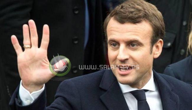 ماكرون : الاسلام ينتشر بكثرة بفرنسا.. وأحترم كل امرأة ترتدي الحجاب