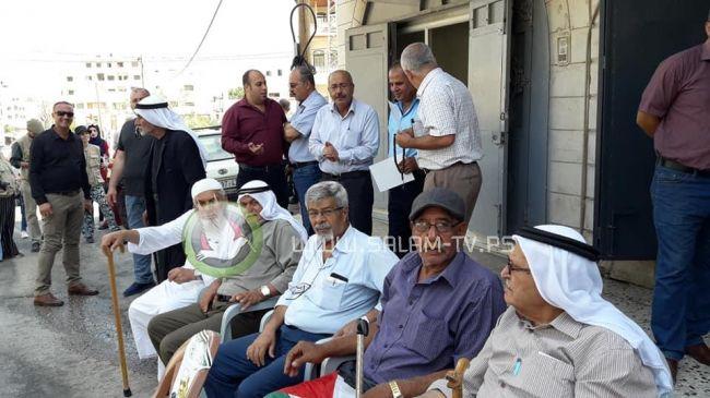 طولكرم: وقفة تضامنية مع الأسرى الإداريين والمرضى المضربين عن الطعام .. فيديو