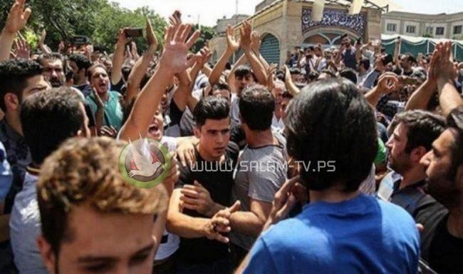 مظاهرات في مدن إيرانية احتجاجا على زيادة أسعار الوقود