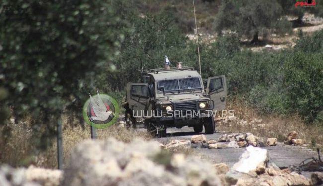 الاحتلال يعتقل طفلاً بعد أن اعتدى عليه بالضرب المبرح في كفر قدوم شرق قلقيلية