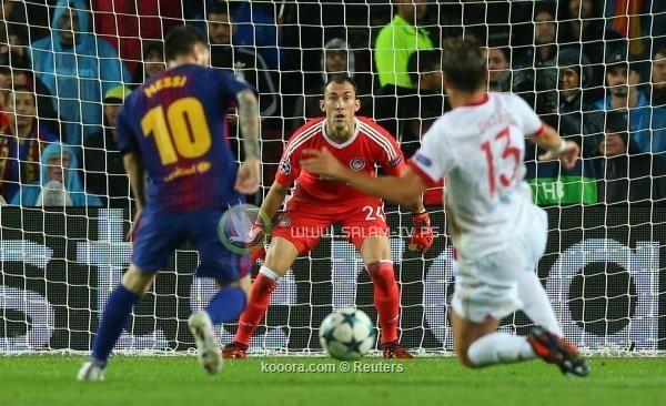 برشلونة يحقق العلامة الكاملة بثلاثية أمام أولمبياكوس