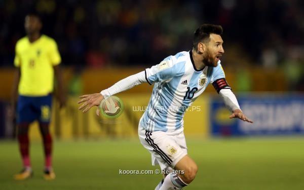 ميسي ينقذ الأرجنتين ويلحق بالعربة الأخيرة في قطار المونديال