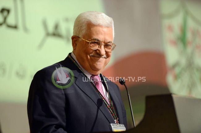 """المؤتمر السابع ينتخب الرئيس محمود عباس رئيسا لحركة """"فتح"""" بالاجماع"""