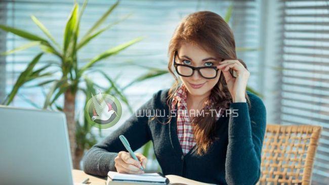 دراسة : الرجال لا يعترفون بذكاء النساء!