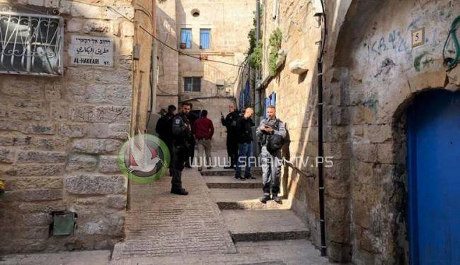 الاحتلال يقتحم منزلا لتسليمه للمستوطنين في القدس