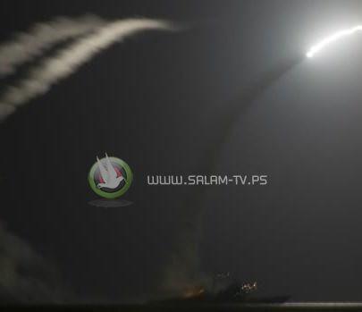عشرات الصواريخ الأميركية تستهدف قاعدة عسكرية بسوريا