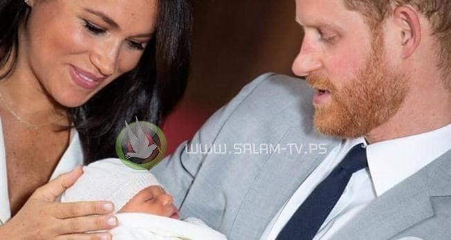 """""""بي بي سي"""" تفصل مذيعا شبّه المولود الملكي بالقرد"""
