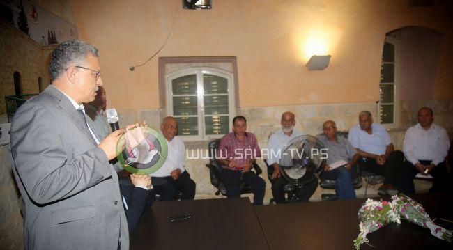 طولكرم:الغرفة التجارية وتحت رعاية المحافظ أبو بكر تنظم إفطاراً لتوقيع اتفاقيات مع المطاعم لتسويق المنتجات النسوية