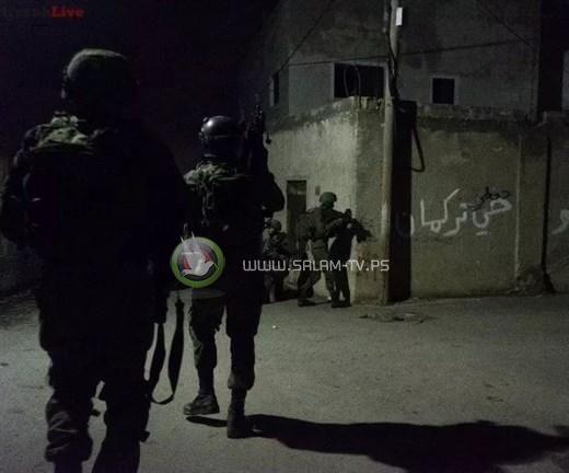 الاحتلال يعتقل شابين من طولكرم ورام الله