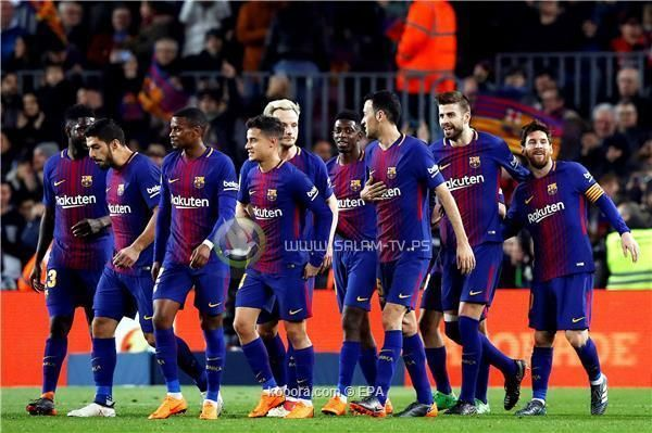 برشلونة يسحق جاره الصغير في الليجا