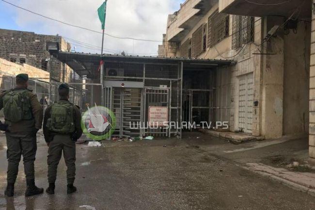 الاحتلال يواصل منع أداء الصلاة في المسجد الابراهيمي