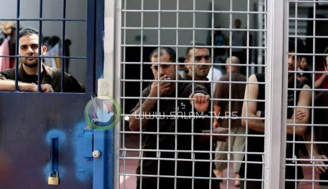 بالاسماء ...الاحتلال يصدر اوامر اعتقال ادارية بحق 40 أسيرا