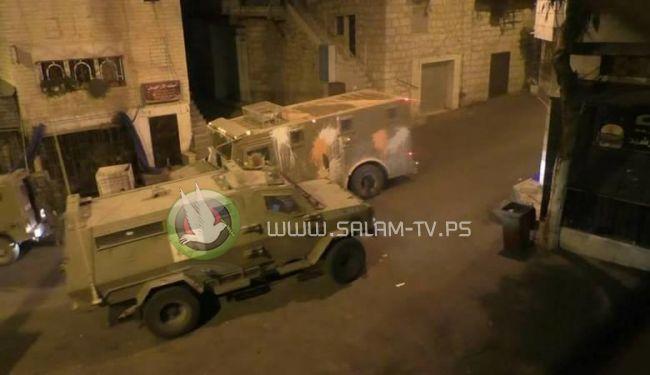 جيش الاحتلال يزعم تعرض جنوده لمحاولة دهس أثناء اقتحامهم مخيم نور شمس في طولكرم